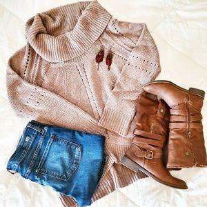 ANN TAYLOR LOFT | Cowl Neck High Low Knit Sweater